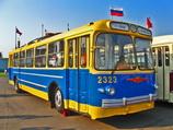 Ретро-троллейбус ЗИУ-5. Аренда троллейбуса в Санкт-Петербурге и Москве. Организация праздников в троллейбусе.